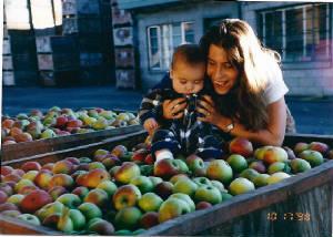 Kim Kaido Alverez and her eldest son Nolan